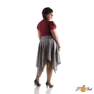 асиметрична разкроена пола
