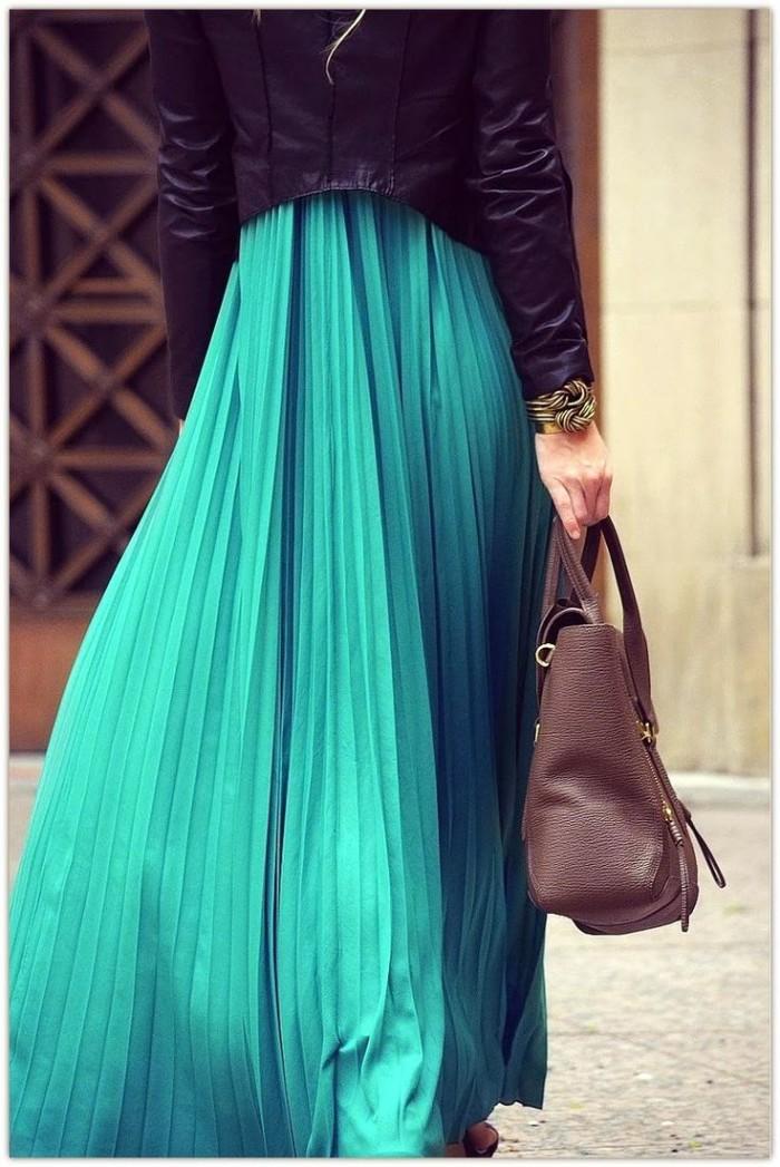 плисирана пола на мода