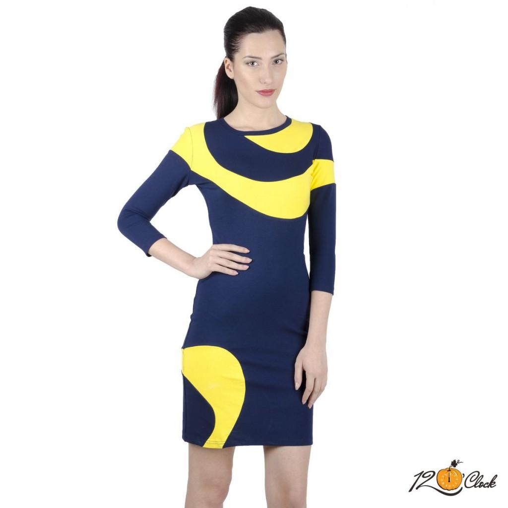 Спортно-елегантна вталена рокля