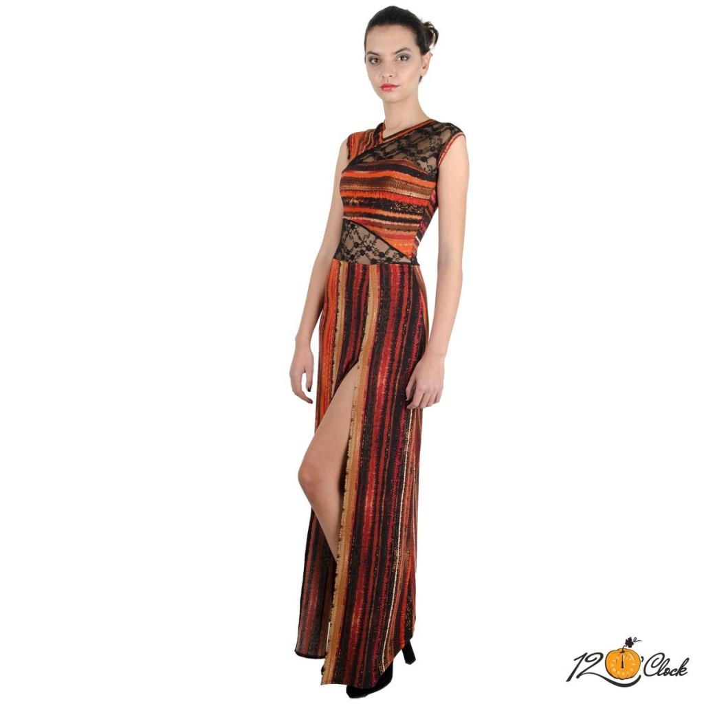 Сексапилна дълга вталена рокля