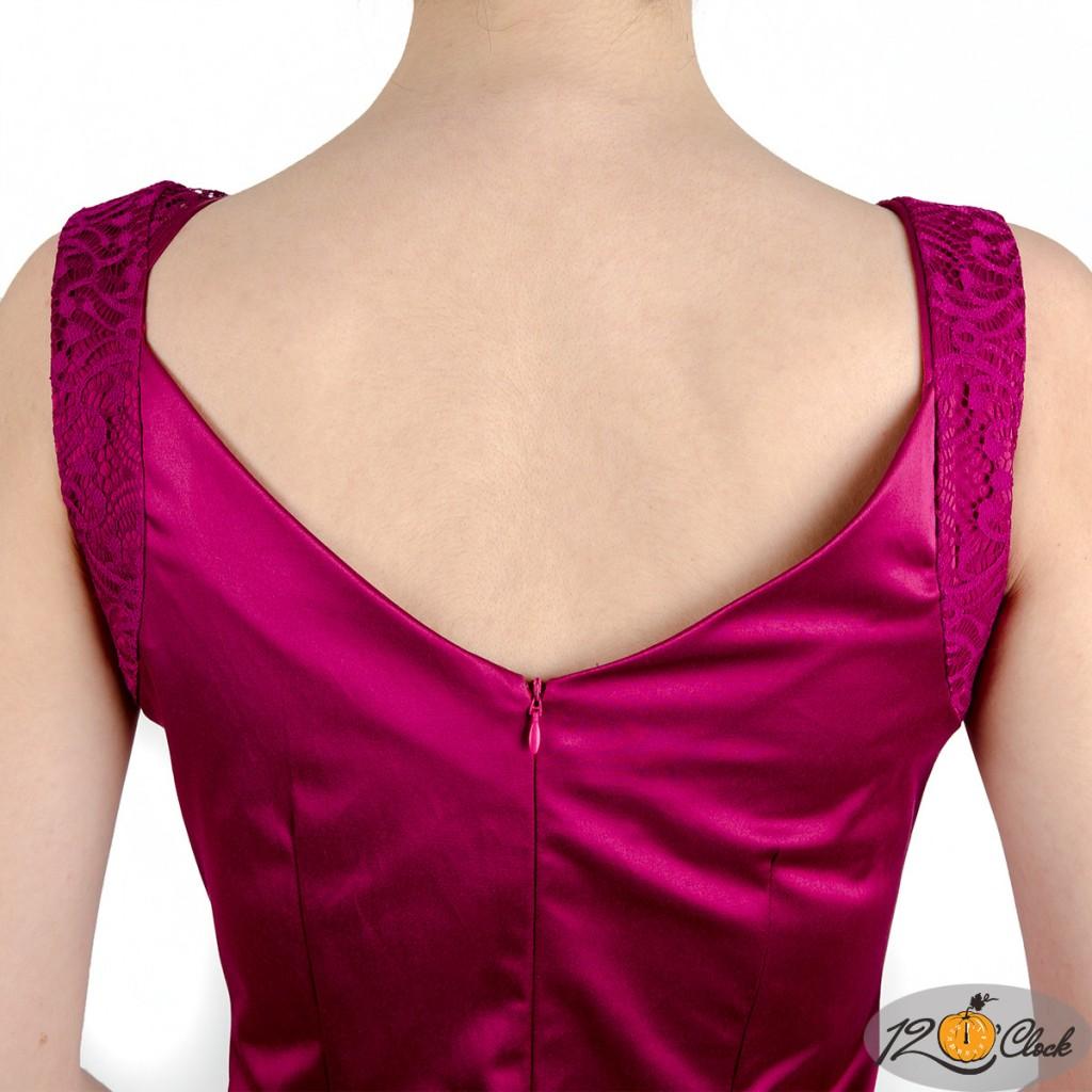 лилава рокля