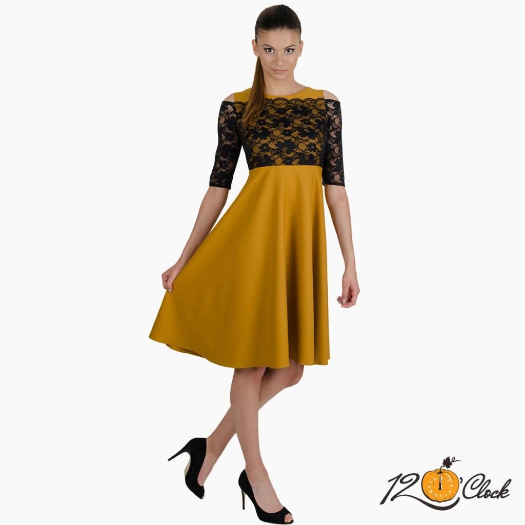 рокля с дантела за бала
