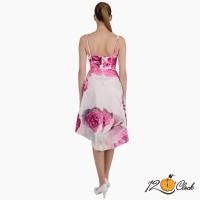 рокля с тесни презрамки