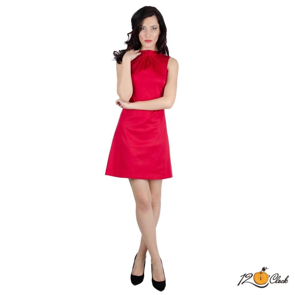 къса стенена рокля