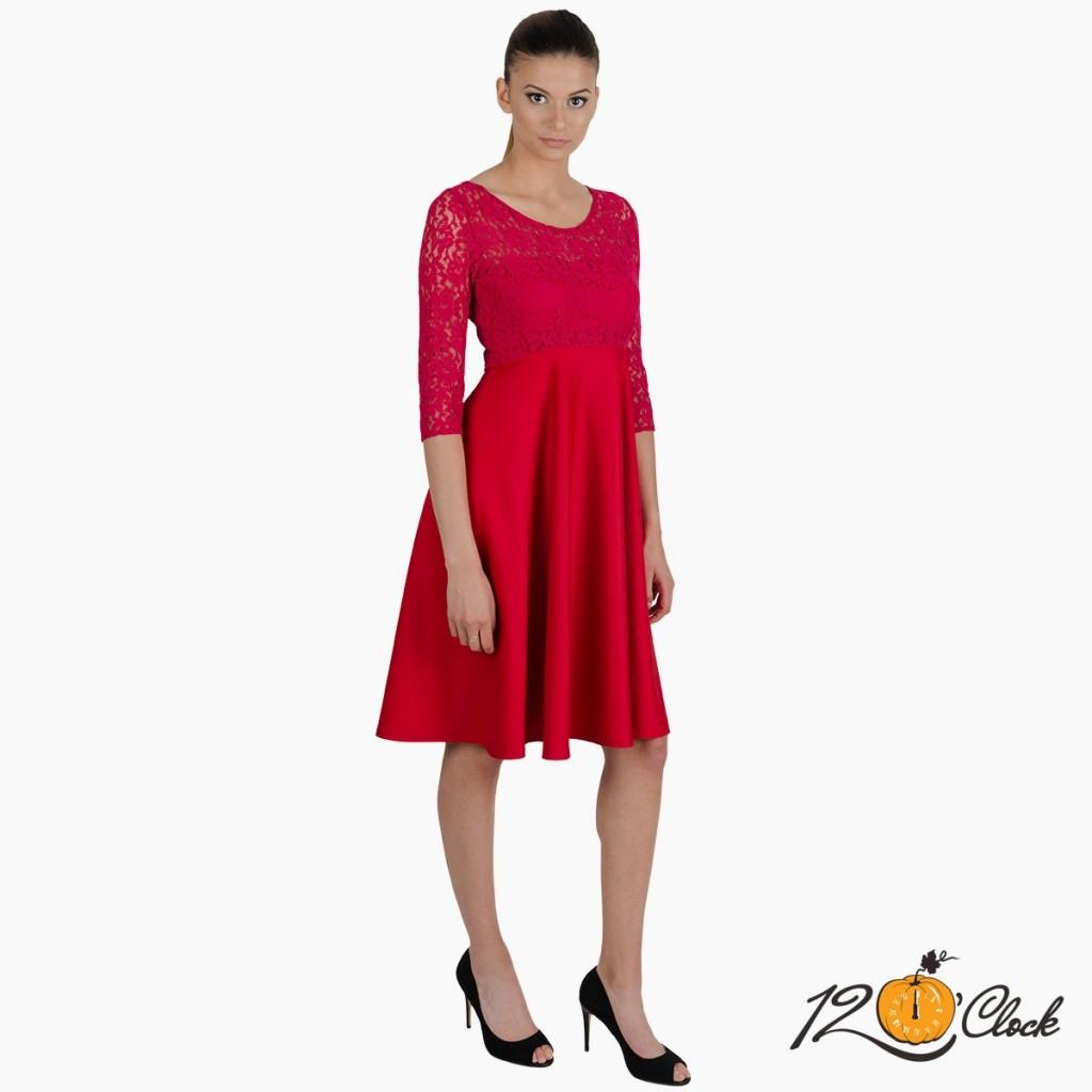 червена вечерна рокля с дантела