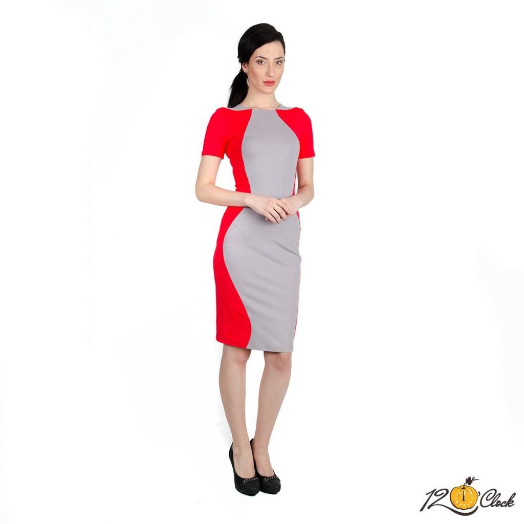 """роклята от трико """"Червена крива"""""""